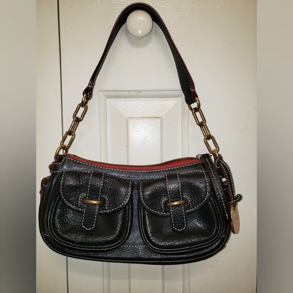 Dooney & Bourke Handbags - Dooney & Bourke Vintage Black Hand Bag
